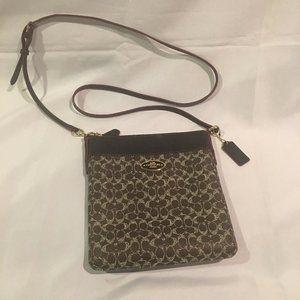 Coach Logo Swingpack Handbag Signature Crossbody
